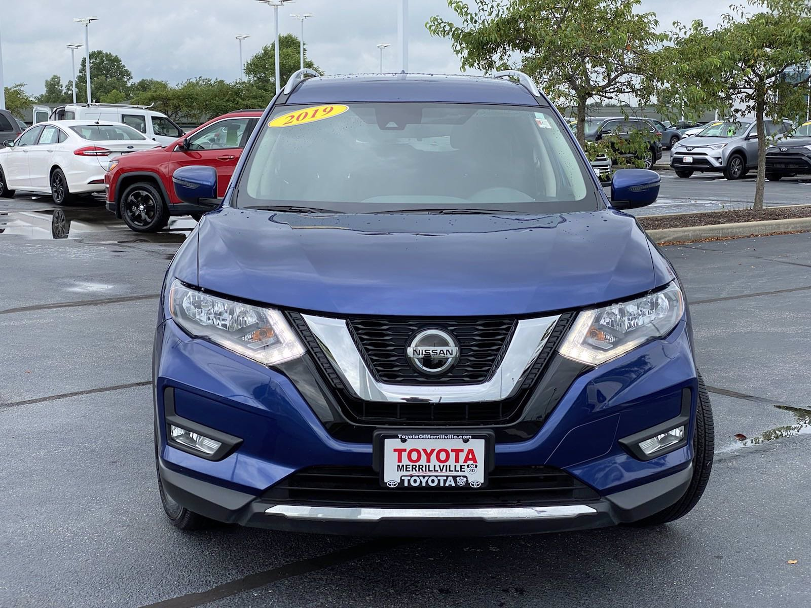Pre-Owned 2019 Nissan Rogue SV
