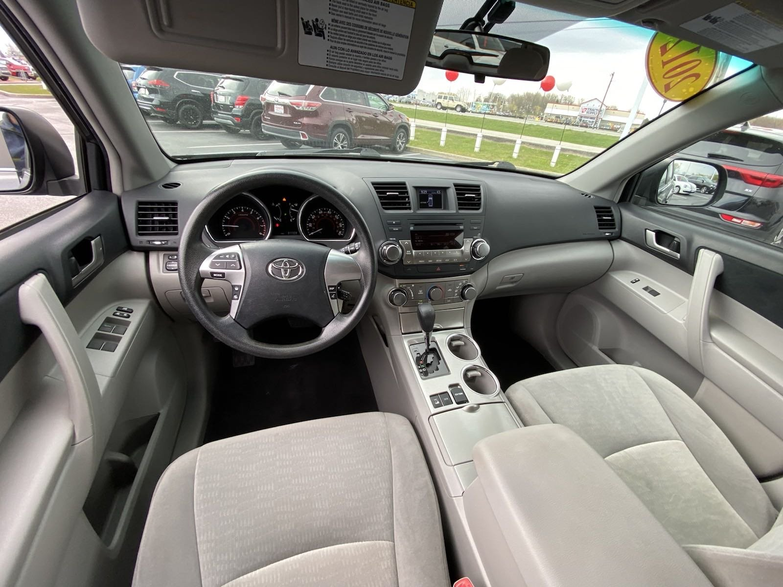 Pre-Owned 2012 Toyota Highlander Base