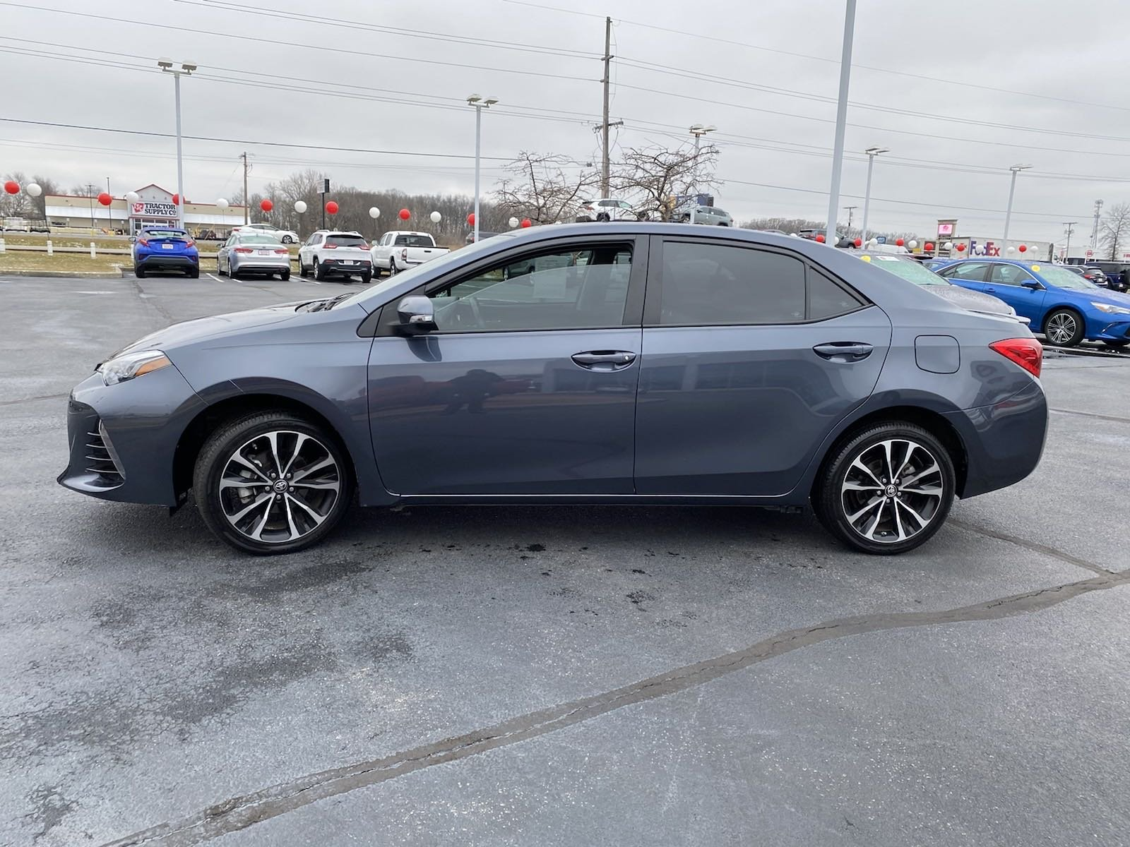 Pre-Owned 2019 Toyota Corolla SE